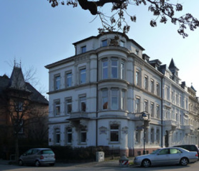 4 stöckiges Haus
